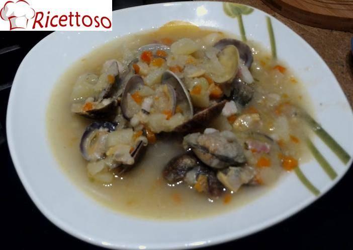 Zuppa_vongole_patate_pancetta